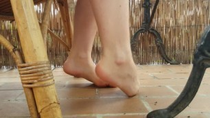 Foot Play - Toe Pointing