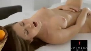 Sexy GF Orgasm Touching herself - Volcanodesire.com